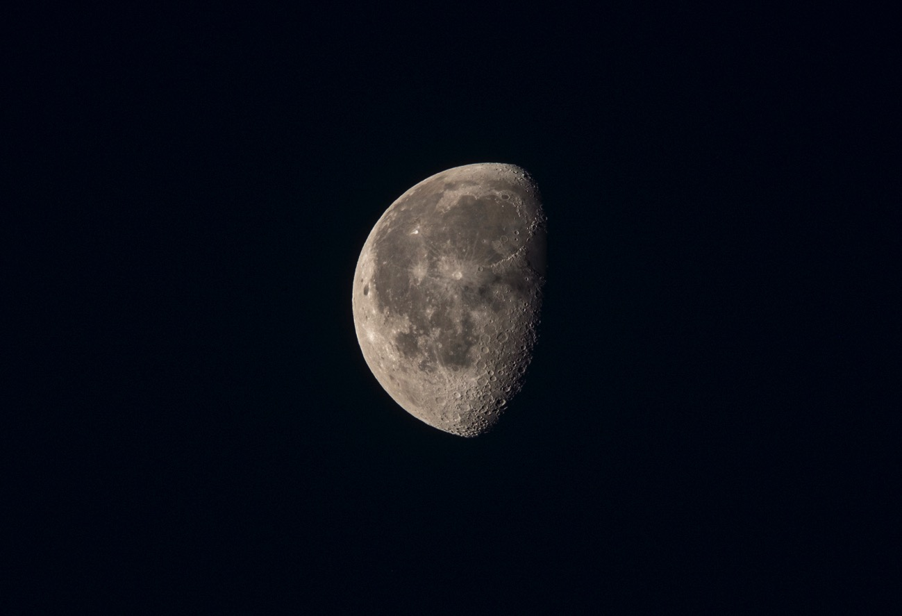 20180605morning moon