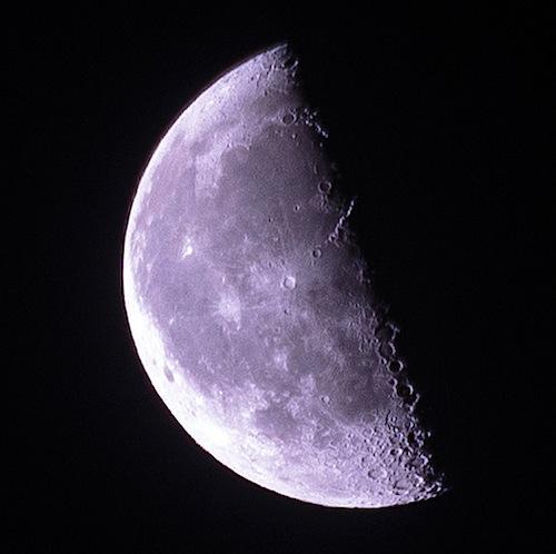 moon102713_2.jpg