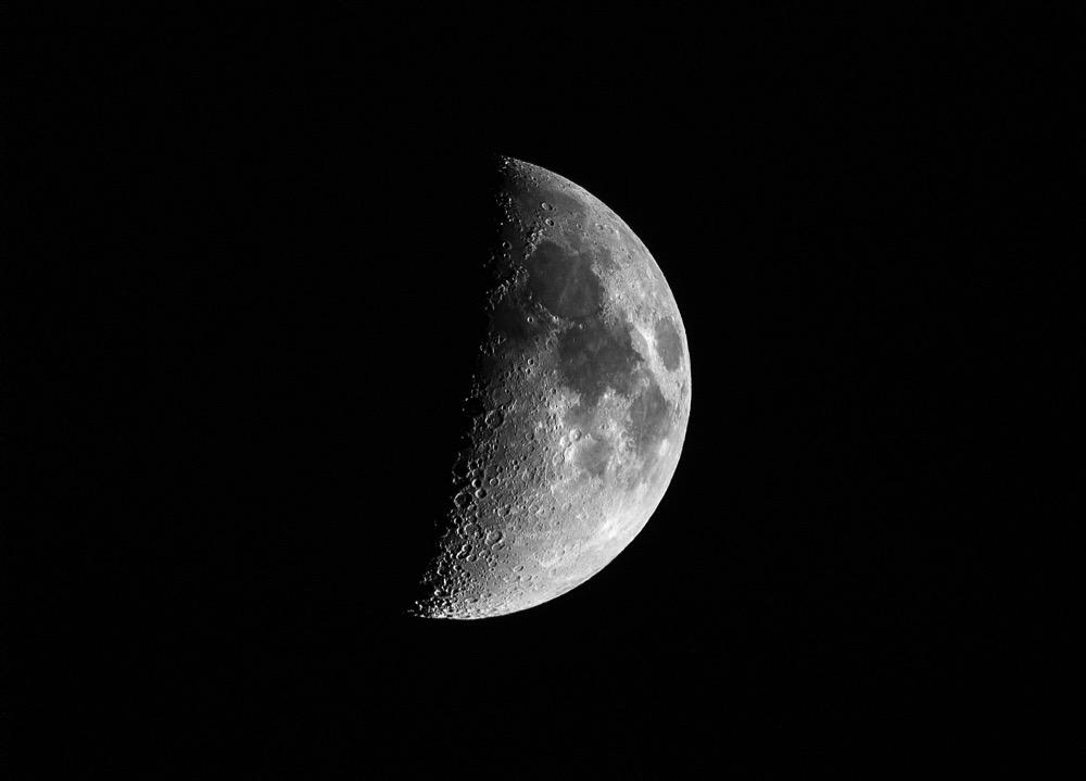 Moon150822 comp
