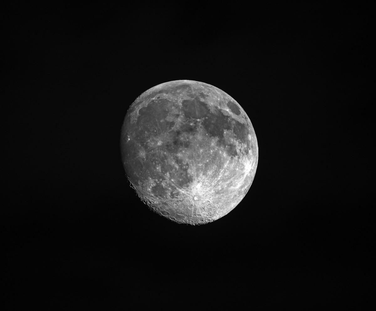 Moon150827 2