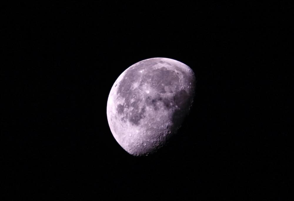 Moon20150805