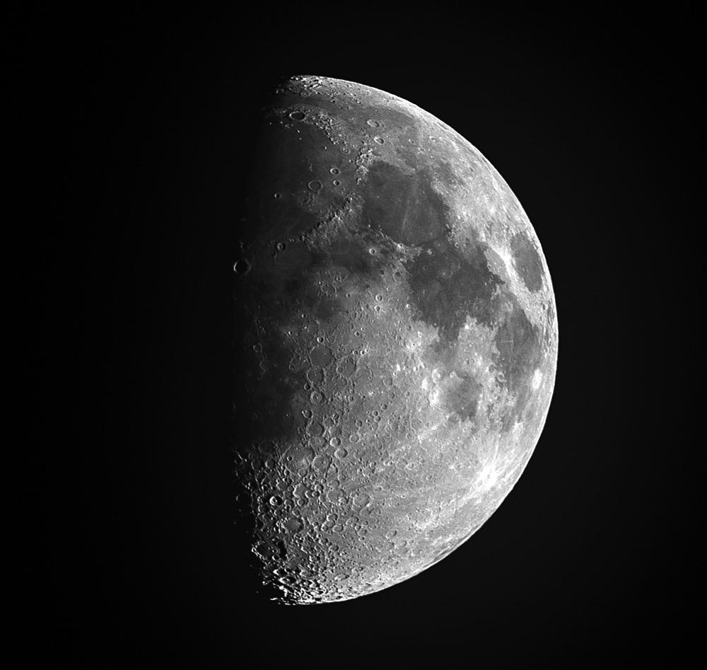 Moon20150922