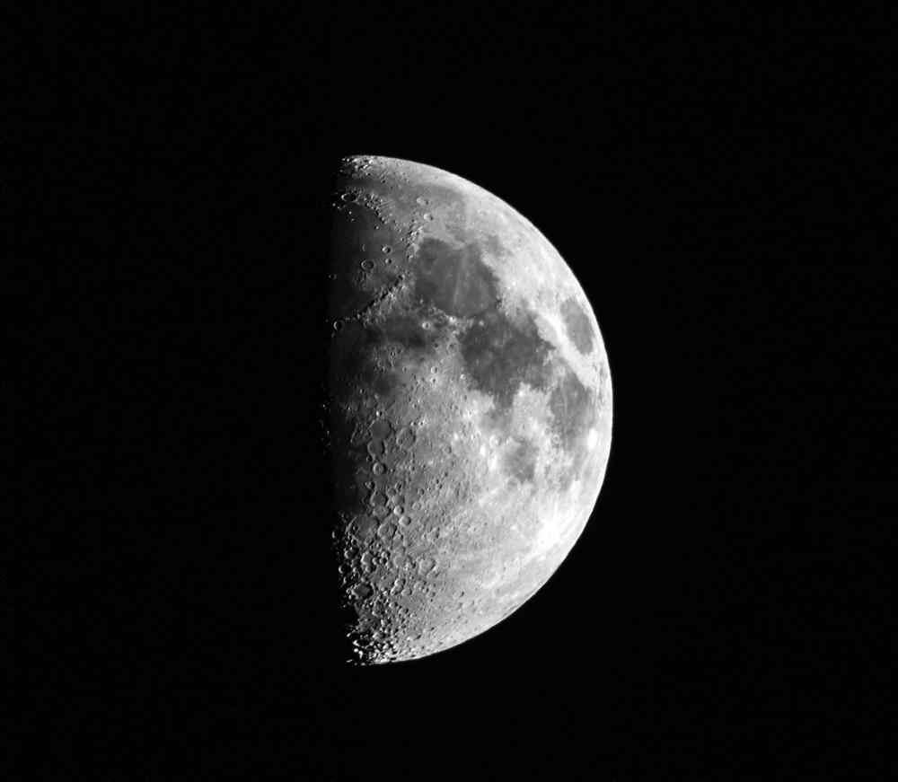 Moon20151021