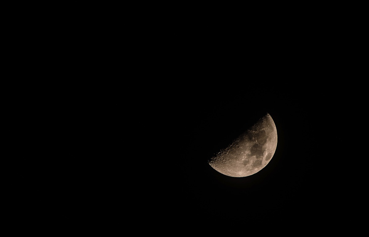 Moon20151119
